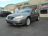 Load your family into the 2012 Chrysler 200! This is an