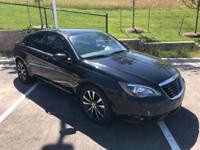 2012 Chrysler 200 Touring. Black w/Premium Cloth Bucket
