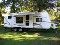2012 Coachmen Catalina Travel Trailer This wonderful 26