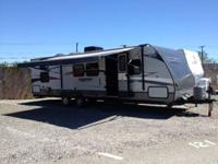 2012 Crossroads Slingshot Travel Trailer . 2012