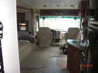 2012 Thor Motor Coach Outlaw 3611, Beautiful 2012 Thor