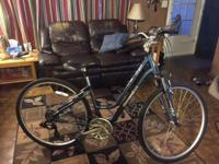 Diamondback Vital 2 females's hybrid bike. 6061-T6