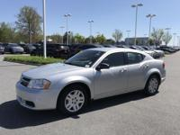 Bright Silver Metallic Clearcoat 2012 Dodge Avenger SE
