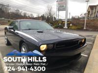 2012 Dodge Challenger R/T **Bluetooth/MP3**, Leather