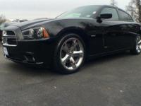 Step into the 2012 Dodge Charger! Packed with features
