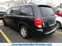 Brilliant Black Crystal Pearl 2012 Dodge Grand Caravan
