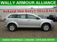 ** SUPER SHARP SUV ** KEYLESS AND GO ** 4.3""