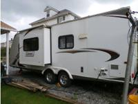2012 Dutchmen 240RB, Travel trailer only used 15 times;