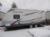 2012 Dutchmen Aspen Trail- - 19 ft. design 1900 Air
