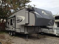 2012 Eagle RVs Super Lite HT 265RKS. Good condition.