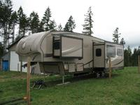 2012 Evergreen Ever-Lite M-32RL-5 5th Wheel. Excellent