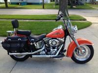 PRICED TO SELL !!!!! 2012 Heritage Softail Classic,