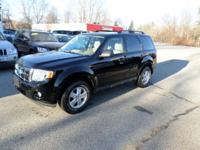 THIS 2012 FORD ESCAPE XLT IS AN EXCELLENT ONE OWNER AND