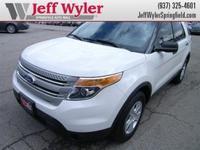 Exterior Color: white suede, Body: SUV, Fuel: Gasoline,