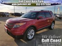 CLEAN CARFAX and **NAVIGATION**. With great visibility,