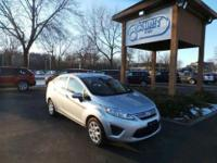 One Owner. Fiesta SE, 4D Sedan, 6-Speed Automatic with
