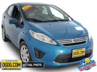Fiesta SE, 4D Sedan, 6-Speed Automatic with Powershift,