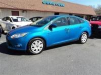 2012 Ford Focus SE...Keyless Entry, AC, Cruise, Power