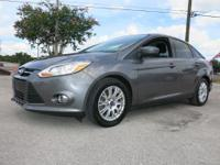2012 FOCUS SE WITH 4 CYLINDER ENGINE AND 6 SPEED