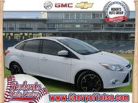 Look at this 2012 Ford Focus SE. This Focus comes