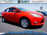 2012 Ford Focus 4dr Car SEL Our Location is: Hellman