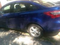 2012 Ford focus blue excellent condition runs great