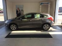 2012 Ford Focus SEL, MotorTrend Certified, Sunroof |
