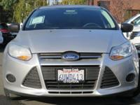 Options:  2012 Ford Focus S|Silver/|V4 2.0L