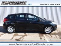SE trim. FUEL EFFICIENT 36 MPG Hwy/26 MPG City! CARFAX