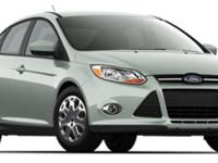 SE trim. FUEL EFFICIENT 36 MPG Hwy/26 MPG City! CD