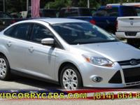 Familiarize yourself with the 2012 Ford Focus!