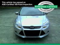 2012 FORD Focus SEDAN 4 DOOR SEL Our Location is: Gus