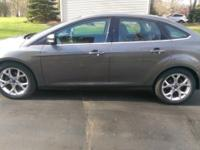 2012 FORD FOCUS SINGLE OWNER 48,000 MILES AVERAGE 36