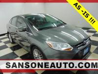 Gray 2012 Ford Focus SEL FWD 6-Speed Automatic with