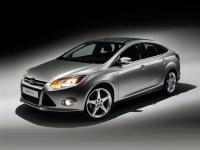 Silver 2012 Ford Focus SEL FWD 6-Speed Automatic with