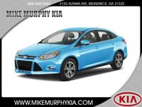 This 2012 Ford Focus SEL boasts features like a dual