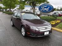 CLEAN CARFAX 1 OWNER BOUGHT NEW HERE2012 FORD FUSION SE