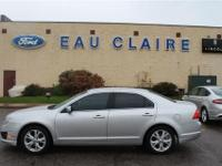 2012 FORD FUSION SE 1 OWNER LOCAL TRADE and POWER SEAT.