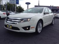 CARFAX 1-Owner, Excellent Condition. Hybrid trim. EPA