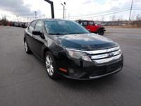 New Price! 2012 Ford Fusion SE FWD 6-Speed Automatic