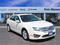 2012 FORD FUSION SE IN WHITE SUEDE!!  ONE OWNER!!