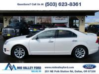 ONE OWNER 2012 FORD FUSION SEL WITH AWD AND ONLY 68,125