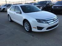 Ford Fusion SEL FWD CARFAX One-Owner. Clean CARFAX.