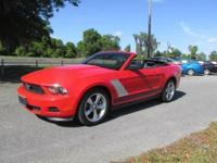 GREAT LOOKING V6 PREMIUM CONVERTIBLE MUSTANG, WELL