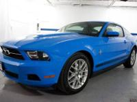 Maxwell Ford presents this 2012 FORD MUSTANG 2DR CPE V6