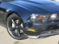 Options:  2012 Ford Mustang Gt Premium Coupe|Black|V8