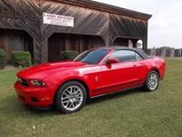 2dr Pony Package Convertible features a 3.7L V6 SFI