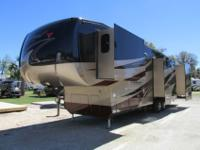 Weight: 13,400Condition: ExcellentLength: 41'Interior
