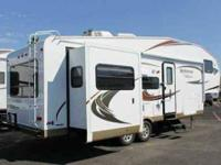 2012 just like new Rockwood 8288 WS 5th wheel camper