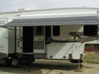 2012 Forest River Sandpiper 300RL, Exterior: White,